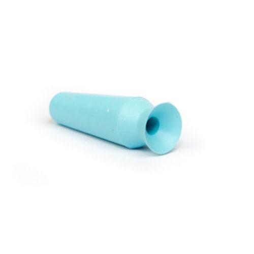 Ventosa Scleral Cup ideale per la rimozione delle lenti a contatto minisclerali. Il prodotto facilita la rimozione delle lentine. Per un corretto utilizzo basta inumidire la ventosa e avvicinarla delicatamente alla lac che si attaccherà alla parte morbida della ventosa, staccandosi così facilmente dall'occhio.
